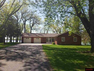 Blue Earth County, Le Sueur County, Rice County, Steele County, Waseca County Single Family Home For Sale: 808 Lakeview Road