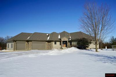 Blue Earth County, Le Sueur County, Rice County, Steele County, Waseca County Single Family Home For Sale: 56979 178th Lane