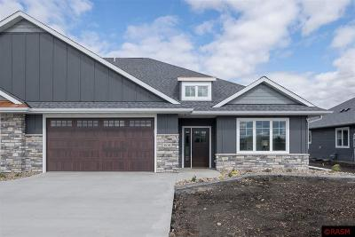 Blue Earth County, Le Sueur County, Rice County, Steele County, Waseca County Condo/Townhouse For Sale: 608 Fontaine Trail
