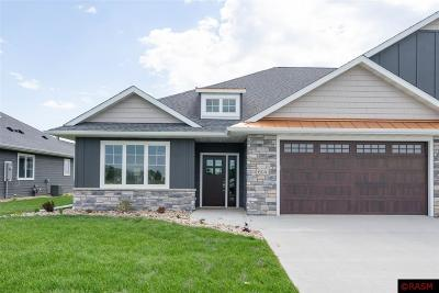 Blue Earth County, Le Sueur County, Rice County, Steele County, Waseca County Condo/Townhouse For Sale: 604 Fontaine Trail