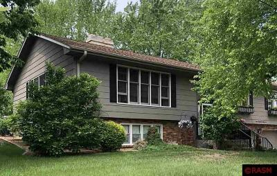 St. Peter Single Family Home For Sale: 722 Sioux Lane