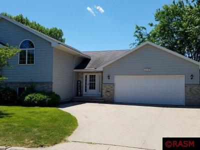 St. Peter MN Single Family Home For Sale: $329,000