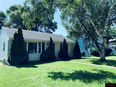 Le Sueur Single Family Home For Sale: 307 S 4th Street