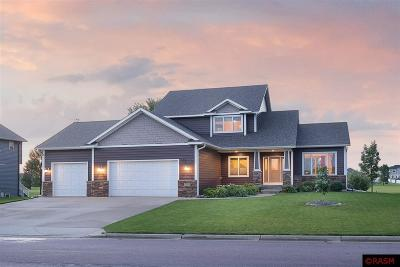 Nicollet County Single Family Home For Sale: 2306 Balsam Drive