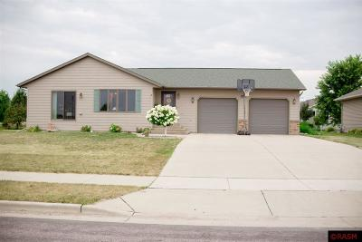 New Ulm Single Family Home Contngnt-Home Inspection: 1909 Ryan Road