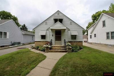 Nicollet County Single Family Home For Sale: 917 Wall Street