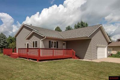 Nicollet County Single Family Home For Sale: 31 Patricia Court