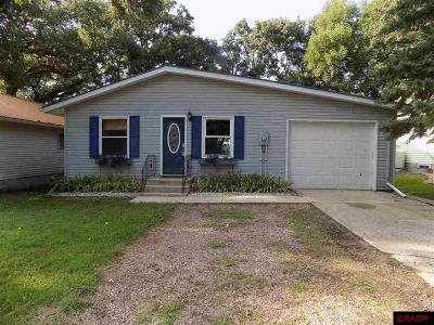 Single Family Home For Sale: 36 W Park Drive