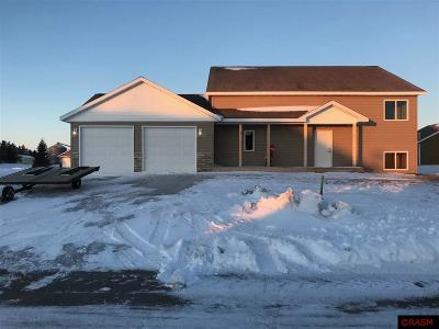 Blue Earth County, Le Sueur County, Nicollet County Single Family Home For Sale: 106 Traci Lane
