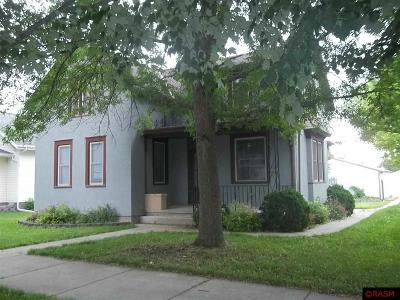 Single Family Home For Sale: 717 S Minnesota St