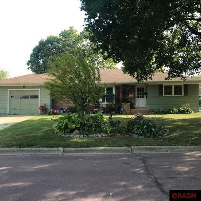 Mankato MN Single Family Home For Sale: $189,000