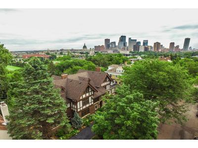 Minneapolis Single Family Home Sold: 72 Groveland Terrace