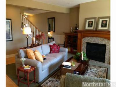 Plymouth MN Condo/Townhouse Sold: $324,900