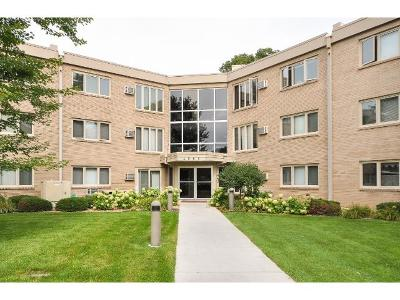 Condo/Townhouse Sold: 4360 Brookside Court #310