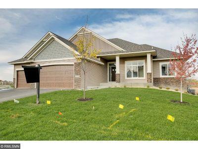 Hugo Single Family Home For Sale: 15883 Ethan Trail N