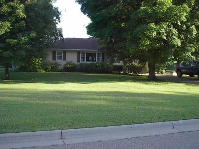 Faribault MN Single Family Home For Sale: $275,000