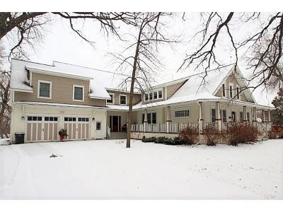 Melrose Single Family Home For Sale: 204 4th Street NE