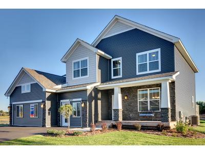 Hugo Single Family Home For Sale: 14263 Evergreen Avenue N
