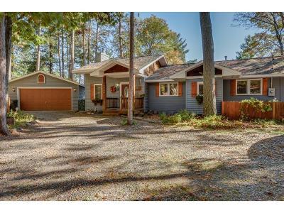 Single Family Home For Sale: 35844 Robert Lane