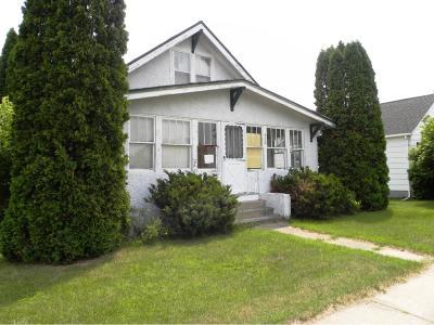 Staples Single Family Home For Sale: 430 4th Street NE