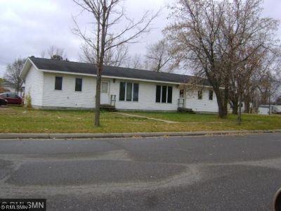 Staples Multi Family Home For Sale: 402 Dakota Avenue SE