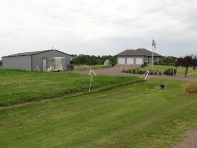 Isanti Single Family Home For Sale: 29330 Vermillion Court