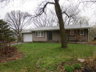 Golden Valley Single Family Home For Sale: 2565 Kewanee Way