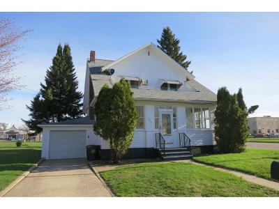 Melrose Single Family Home For Sale: 121 1st Street SE