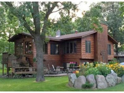 Staples Single Family Home For Sale: 861 6th Street SE