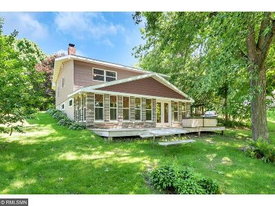 Avon Single Family Home For Sale: 32227 Nob Hill Drive