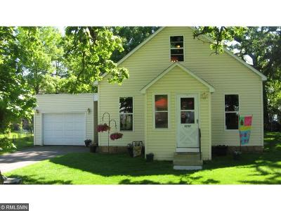 North Branch Single Family Home Contingent: 38787 5th Ave