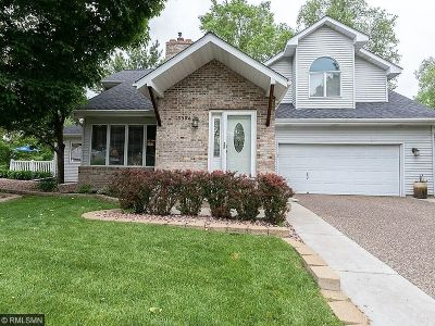 Robbinsdale Single Family Home Sold: 3904 Natureview Circle