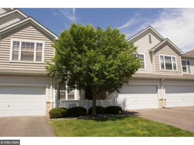 Plymouth Condo/Townhouse Sold: 5020 Holly Lane N #6