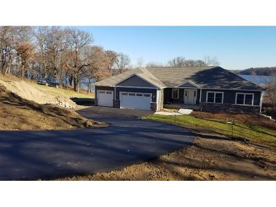 Chisago County, Isanti County, Pine County, Kanabec County Single Family Home For Sale: 9 327th Ii Lane