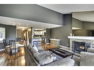 Edina Condo/Townhouse For Sale: 6116 Blake Ridge Road