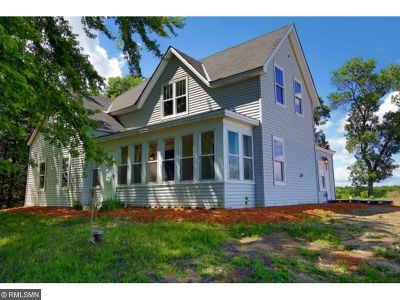 Montrose Single Family Home For Sale: 878 72nd Street SE