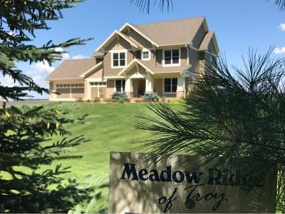 Hudson Single Family Home For Sale: 468 Meadow Ridge Trail