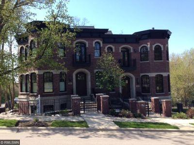 Wayzata Condo/Townhouse For Sale: 534 Rice Street E