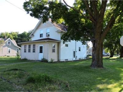 Rush City Single Family Home For Sale: 225 S Irving Avenue