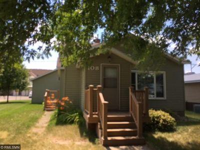 Freeport Single Family Home For Sale: 108 NE 2nd Street