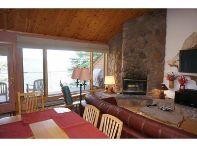 Condo/Townhouse For Sale: 1617 Superior Shores #67