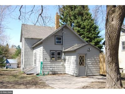 Itasca County Single Family Home For Sale: 724 NW 3rd Avenue