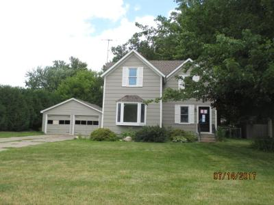 Cambridge Single Family Home For Sale: 338 Cypress Street N