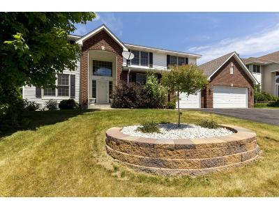 Eagan Single Family Home For Sale: 4602 Stonecliffe Drive