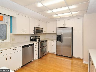 Plymouth Condo/Townhouse For Sale: 11330 36th Place N