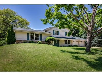Edina Single Family Home For Sale: 5845 Creek Valley Road