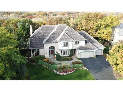 Eden Prairie Single Family Home For Sale: 10232 Antlers Ridge