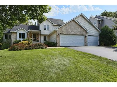 Eagan Single Family Home For Sale: 536 Eastwood Court