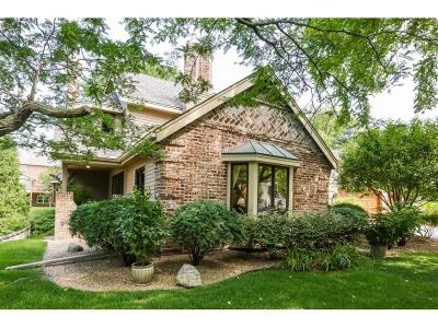 Edina Single Family Home For Sale: 7615 Stonewood Court