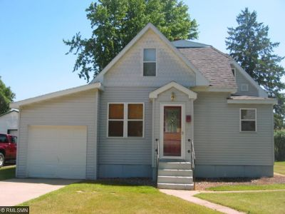 Staples Single Family Home For Sale: 408 8th Street NE